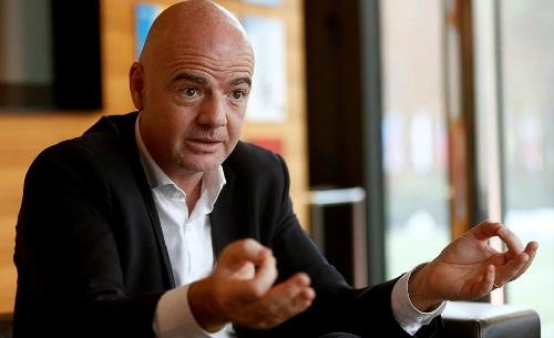 Chủ tịch FIFA: 'Bóng đá cần người như Mourinho' - Hình 2