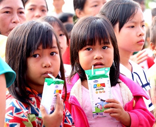 Vinamilk tiên phong mang chương trình sữa học đường đến với trẻ em Đắk Nông - Hình 10