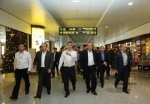 Phó Thủ tướng Trương Hòa Bình thị sát bảo đảm ATHK tại sân bay Nội Bài