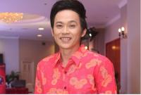 Hoài Linh làm HLV chương trình