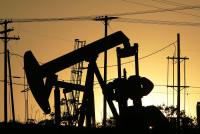 Sau thỏa thuận giảm sản lượng của OPEC, trữ lượng dầu tồn kho vẫn còn rất lớn