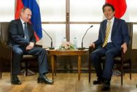 Putin sang Nhật, kinh tế bao trùm...