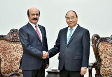 Thủ tướng Nguyễn Xuân Phúc tiếp các đại sứ