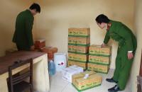 Thanh Hóa: Hãi hùng cơ sở sản xuất dấm ăn bằng axit và nước lã