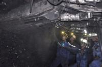 """Kỷ luật 3 cán bộ Công ty than Hà Lầm (TKV) """"bòn"""" lương: Công nhân nói gì?"""