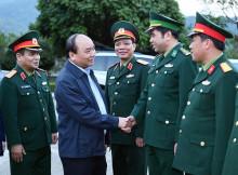 Thủ tướng Nguyễn Xuân Phúc thăm Đồn biên phòng và thị sát cửa khẩu Trà Lĩnh