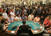Thu nhập từ 10 triệu đồng/tháng trở lên mới được chơi casino