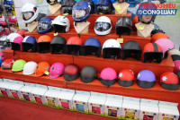 TP. HCM: Hàng giả, hàng nhái len lỏi hội chợ Tết