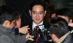 Hàn Quốc bắt giữ người thừa kế Samsung
