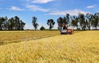 Làm rõ phản ánh tráo máy hỗ trợ nông nghiệp