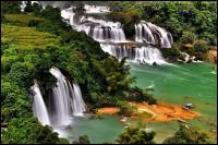 Sơn Đoòng, thác Bản Giốc - 2 trong 7 điểm đến hấp dẫn nhất khu vực châu Á