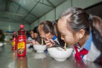 Tết ấm áp đậm đà tình Việt trên khắp 3 miền