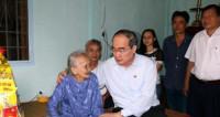 Chủ tịch UB TWMTTQVN thăm, chúc Tết các đồng chí nguyên lãnh đạo Đảng, Nhà nước