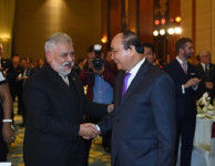 Thủ tướng chủ trì tiệc chiêu đãi Đoàn ngoại giao nhân dịp năm mới
