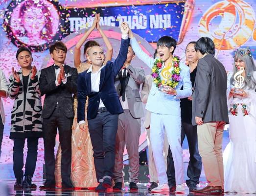 Cao Bá Hưng là quán quân Sing My Song mùa đầu tiên