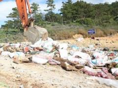 Lâm Đồng: Hơn 10 tấn mứt Tết không rõ nguồn gốc xuất xứ bị lực lượng chức năng tiêu hủy