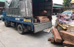 Hà Nội: Bắt xe ô tô chở gỗ lậu