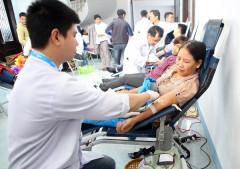 Huế: Hàng trăm người tham gia lễ hội hiến máu trên quê hương mang họ Bác Hồ
