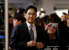 Phó chủ tịch Tập đoàn Samsung chính thức bị bắt giữ