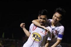 V-League: Văn Thanh tỏa sáng giúp HAGL hạ Bình Dương
