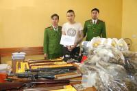 Hà Tĩnh: Bắt đối tượng tàng trữ ma túy cùng nhiều vũ khí nóng
