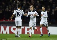 Lượt về vòng 1/16 Europa League: Thi đấu thiếu người, Tottenham cay đắng dừng cuộc chơi