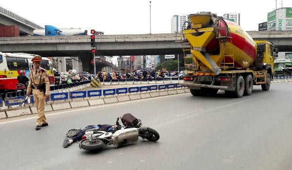 """Vụ Đội CSGT số 7 (Hà Nội) """"làm ngơ"""" cho xe tải vào phố cấm: Cần được làm rõ - Hình 3"""