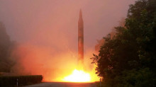 Triều Tiên: Thử tên lửa diễn tập tấn công căn cứ Mỹ tại Nhật