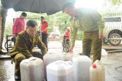 Hà Nội: Tiếp tục phát hiện hàng trăm lít rượu không rõ xuất xứ