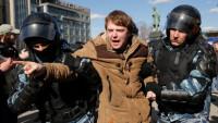 Biểu tình leo thang, quan hệ Nga – Mỹ căng thẳng