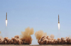 """Syria sẵn sàng """"dội mưa"""" tên lửa sang Israel"""