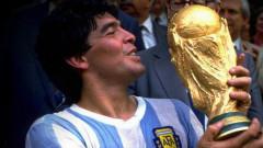 Ngày Cá tháng Tư cười ra nước mắt của các huyền thoại bóng đá