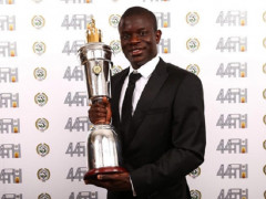 Ngoại hạng Anh: N'Golo Kante đoạt giải Cầu thủ xuất sắc nhất năm