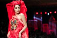 """HH Kỳ Duyên """"mộng mị"""" trong BST thời trang lấy cảm hứng từ tín ngưỡng thờ Mẫu"""
