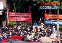TP. HCM: UBND phường chiếm dụng vỉa hè làm chỗ để xe?