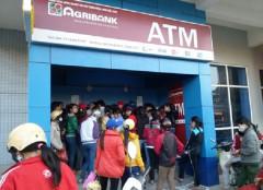 Không để ATM hết tiền trong dịp nghỉ Lễ 30/4