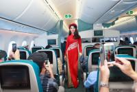 Món quà đặc biệt cho hành khách trên 2 chuyến bay trong ngày mừng Thống nhất đất nước