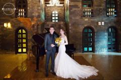 Ngắm trọn bộ ảnh cưới của Lâm Khánh Chi cùng chồng điển trai