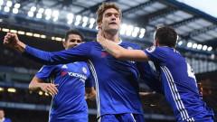 Premier League: Nhấn chìm Middlesbrough, Chelsea chạm một tay vào chức vô địch