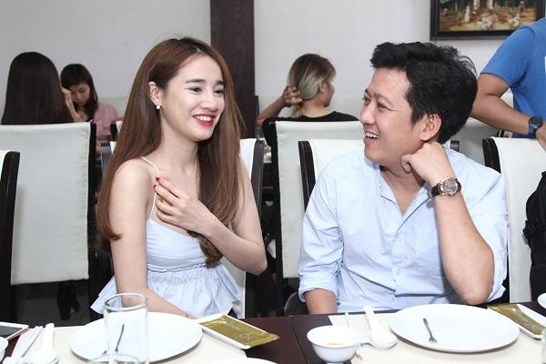 """Dư luận """"tá hỏa"""" vì ảnh cưới của Trường Giang – Nhã Phương chỉ là chiêu PR cho phim mới?"""