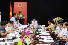 """Vụ DN """"tận diệt"""" sông Đà: Chủ tịch tỉnh Hòa Bình yêu cầu dừng mọi hoạt động khai thác!"""