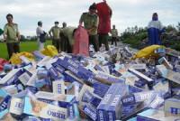 Quảng Trị: Liên tiếp bắt giữ số lượng lớn bia, thuốc lá nhập lậu