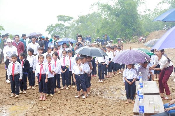 """Tập đoàn FLC """"mang"""" trường tiểu học lên vùng cao cho các em học sinh Pú Xi, Điện Biên - Hình 3"""