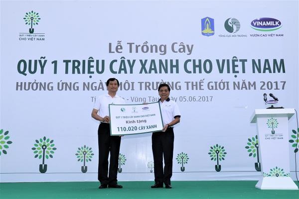 Quỹ một triệu cây xanh và Vinamilk trồng hơn 110.000 cây xanh tại Bà Rịa Vũng Tàu - Hình 2