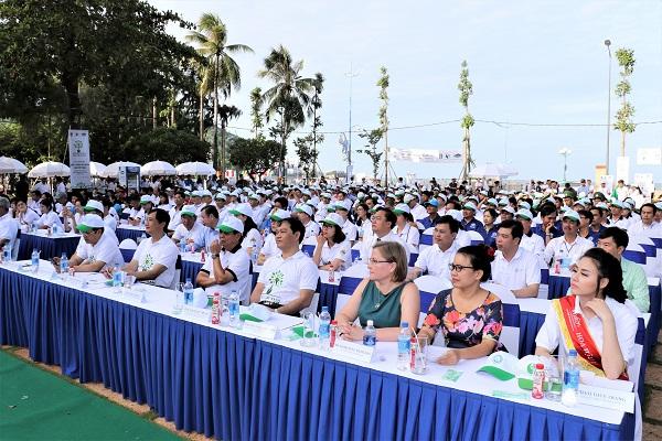 Quỹ một triệu cây xanh và Vinamilk trồng hơn 110.000 cây xanh tại Bà Rịa Vũng Tàu - Hình 1