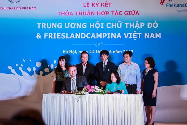 Hội chữ thập đỏ Việt Nam và Frieslandcampina Việt Nam ký kết thỏa thuận hợp tác - Hình 1