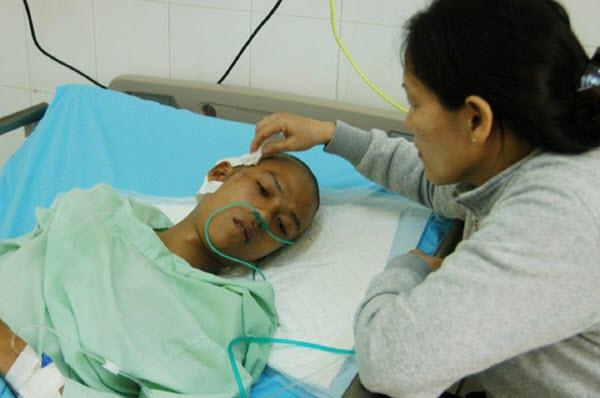 Lâm Đồng: Lâm tặc vẫn lộng hành, liều lĩnh - Hình 1