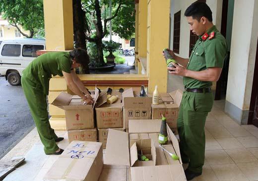 Lạng Sơn: Bắt giữ nhiều vụ hàng lậu vô chủ - Hình 1