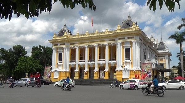 Nhà hát Lớn Hà Nội: Chương trình tham quan chính thức mở cửa phục vụ du khách - Hình 1
