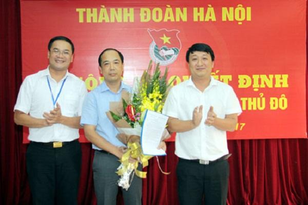 Ông Nguyễn Mạnh Hưng nhận Quyết định bổ nhiệm Tổng Biên tập Báo Tuổi trẻ Thủ đô - Hình 1